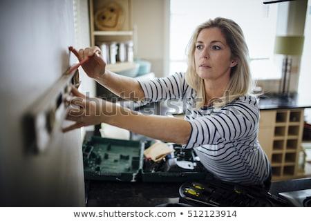 Nő szellem szint építkezés szerszám sisak Stock fotó © photography33