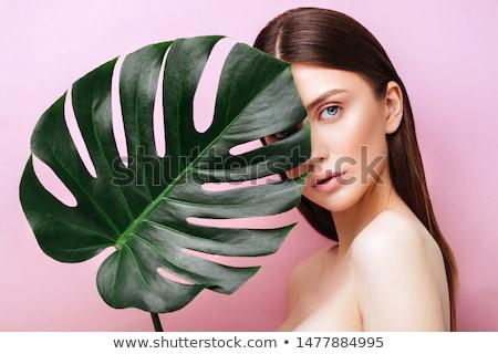 kobieta · zielony · liść · jasne · zdjęcie · ciało · liści - zdjęcia stock © dolgachov