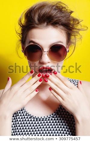 Portrait glamour fille lèvres rouges rose cheveux Photo stock © majdansky