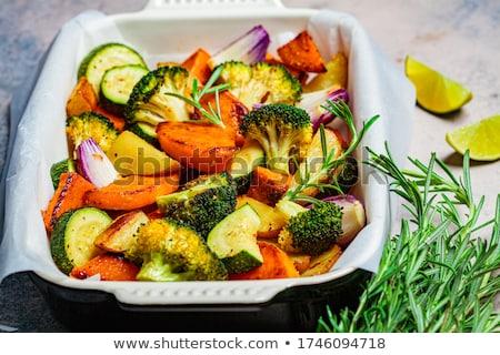Zoete aardappel salade vers walnoot kaas Stockfoto © YuliyaGontar
