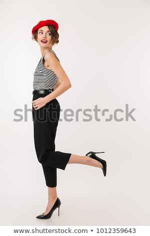 Retrato bastante mulher jovem boina em pé Foto stock © deandrobot