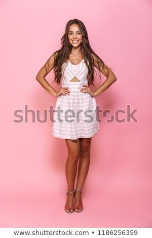 肖像 · コンテンツ · きれいな女性 · 20歳代 · 着用 - ストックフォト © deandrobot