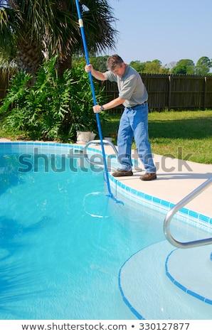 Brosse nettoyage piscine côté maison été Photo stock © galitskaya
