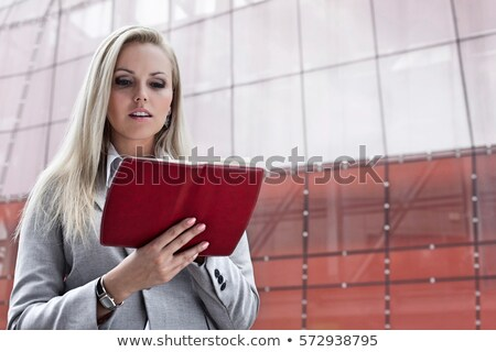 lezing · portret · jonge · brunette · schoonheid · comfort - stockfoto © photography33
