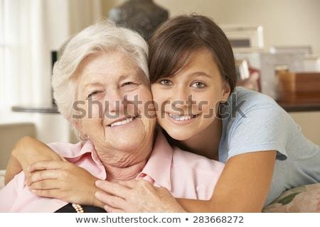 孫娘 祖母 抱擁 女性 笑顔 愛 ストックフォト © elenaphoto