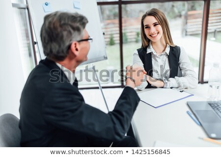 Homem mulher discutir negócio oferecer colegas Foto stock © jossdiim