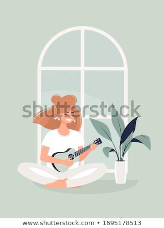 genç · kadın · oturma · dışkı · oynama · akustik · gitar · fotoğraf - stok fotoğraf © sumners