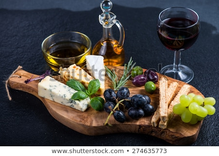 Tapas bar olijfolie lunch plantaardige noten Stockfoto © monkey_business