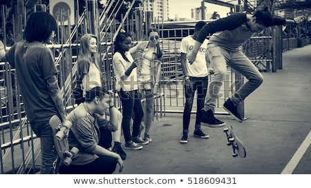Grup kentsel genç örnek ağaç bira Stok fotoğraf © bluering