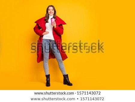 Bella giovani bruna donna indossare autunno Foto d'archivio © deandrobot