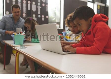 Oldalnézet kettő iskola fiúk dolgozik egy Stock fotó © wavebreak_media