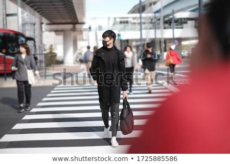 Homem viajar saco máscara cirúrgica Foto stock © nito