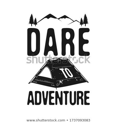 Aventura acampamento explorador gráfico tshirt vintage Foto stock © JeksonGraphics