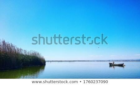 klein · vissersboot · oude · molen - stockfoto © Carpeira10