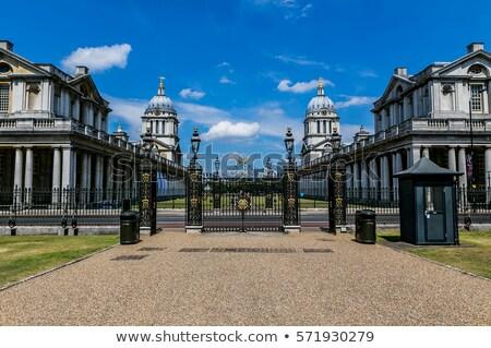 Vieux royal collège hôpital Angleterre opposé Photo stock © Snapshot