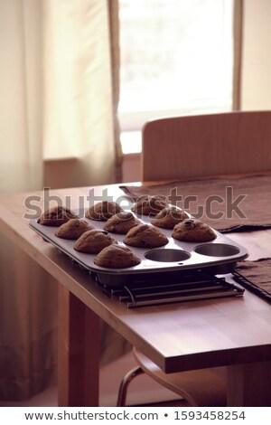 Chocolade koeling tin muffins Stockfoto © sarahdoow