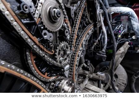 Automobilowy chronometraż łańcucha dwa nowoczesne samochodu Zdjęcia stock © simazoran