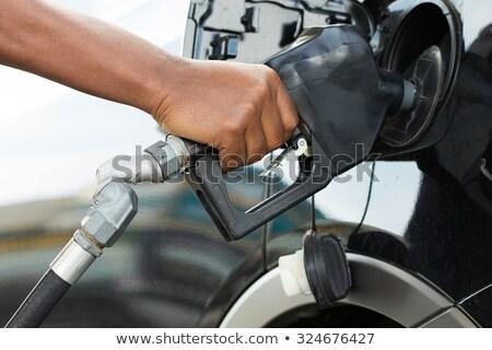 Foto stock: Getting Fuel