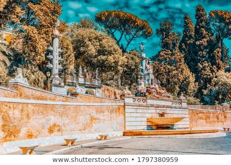 Romani monumental fonte deusa meio dois Foto stock © ankarb