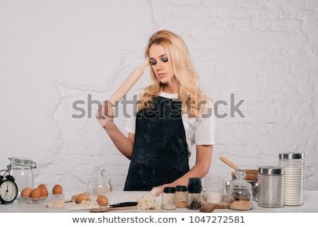 Genç seksi kadın mutfak ayakta nostaljik Stok fotoğraf © blanaru