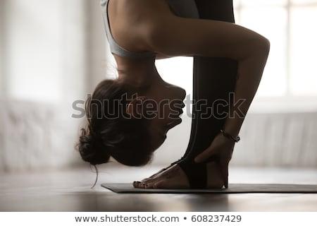 közelkép · nő · fekete · sportruha · sport · fitnessz - stock fotó © dolgachov