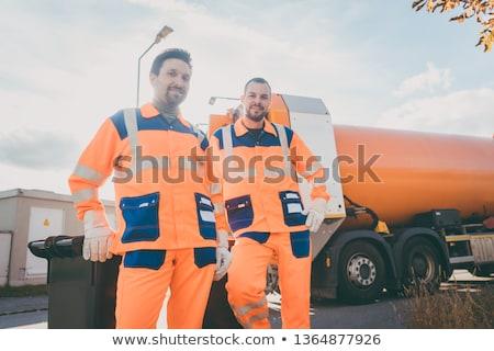 Dwa śmieci usuwanie usługi pracowników krótki Zdjęcia stock © Kzenon