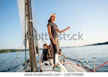 Abenteuer Menschen groß Meer Himmel Mann Stock foto © Lopolo