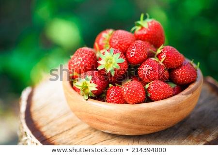 Stockfoto: Aardbeien · Rood · kom · vers · mooie · rijp