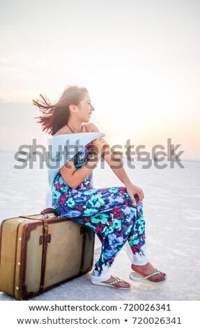 美少女 · バスケット · リネン · 少女 · 幸せ - ストックフォト © carlodapino