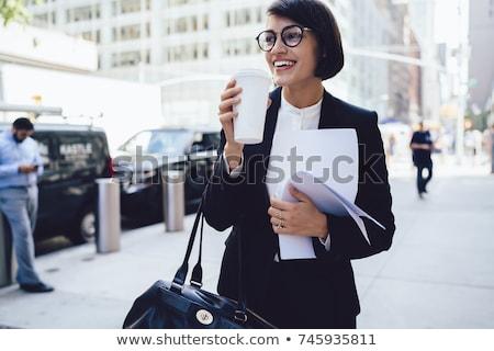 gyönyörű · fiatal · nő · visel · szemüveg · áll · szem - stock fotó © nyul