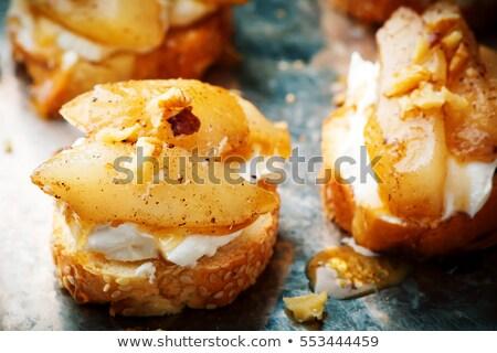 Bruschetta körte sajt méz diók gyógynövények Stock fotó © Illia