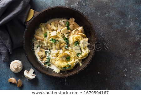 Makarna tavuk mantar tagliatelle peynir akşam yemeği Stok fotoğraf © furmanphoto