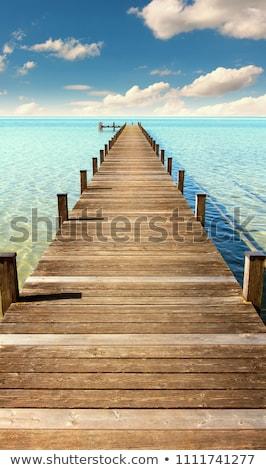 ストックフォト: 着陸 · ステージ · 海 · 桟橋 · 白 · 木材