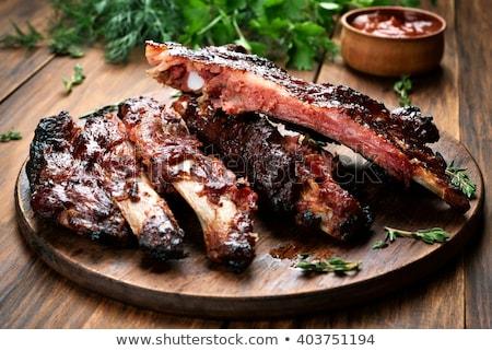 Foto d'archivio: Affumicato · carne · di · maiale · vegetali · guarnire · carne