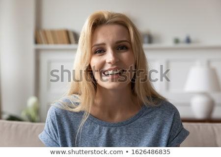 Szőke nő jó hangulat otthon mosoly boldog Stock fotó © wavebreak_media