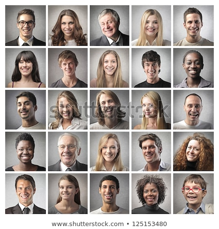 imagem · colegas · olhando · computador · sorrindo - foto stock © wavebreak_media