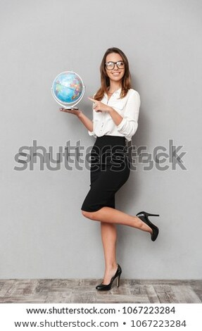 femme · d'affaires · blanche · costume · mondial · carte · sphère - photo stock © photography33