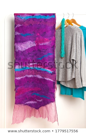 Vrouw paars wollen sjaal portret blond Stockfoto © aladin66