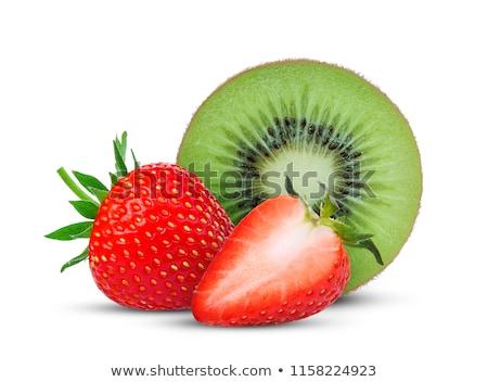 Kiwi morango salada de frutas raso fruto Foto stock © danielgilbey