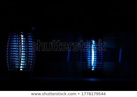Sivrisinek lamba görmek beyaz mavi ışık Stok fotoğraf © Koufax73