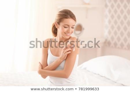 femme · cosmétiques · crème · corps - photo stock © Nobilior