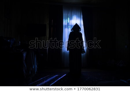 Misterioso donna ragazza mano Foto d'archivio © dukibu