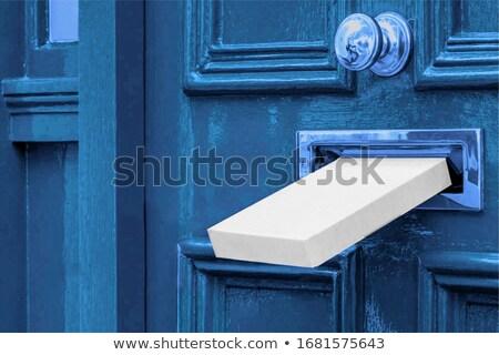 Mail Schlitz verwitterten Holz Tür Haus Stock foto © haraldmuc