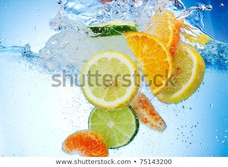 csobbanás · friss · gyümölcsök · izolált · vadvízi · csobbanás - stock fotó © master1305