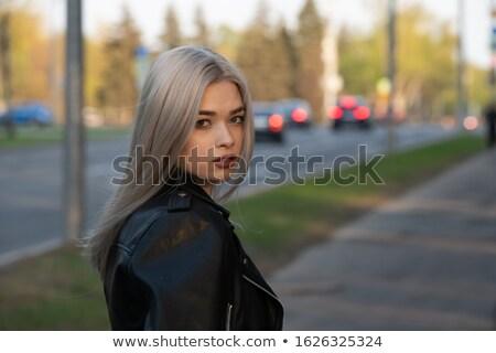 modieus · blonde · vrouw · elegante · aantrekkelijk · poseren · hoed - stockfoto © NeonShot