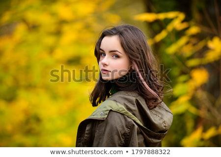 Porträt schöne Mädchen Fuß Herbst Freien Mode Stock foto © nenetus