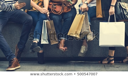 Stock fotó: Barátok · pláza · hordoz · szatyrok · nők · boldog