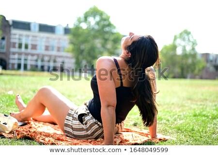 Frau Sonnenbaden Park Sommer Spaß Freizeit Stock foto © IS2