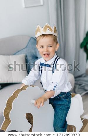 Gyerek fiú herceg jelmez illusztráció visel Stock fotó © lenm