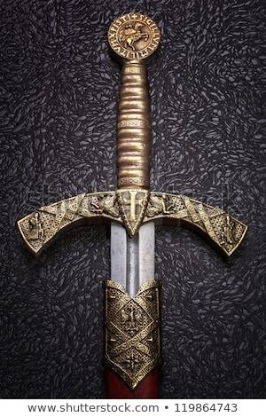 średniowiecznej miecz czarny stali ostrze walki Zdjęcia stock © Glasaigh